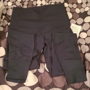 Brand new with tags Lululemon wounder under